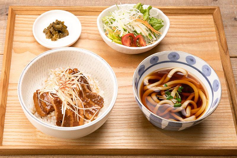 角煮丼セット